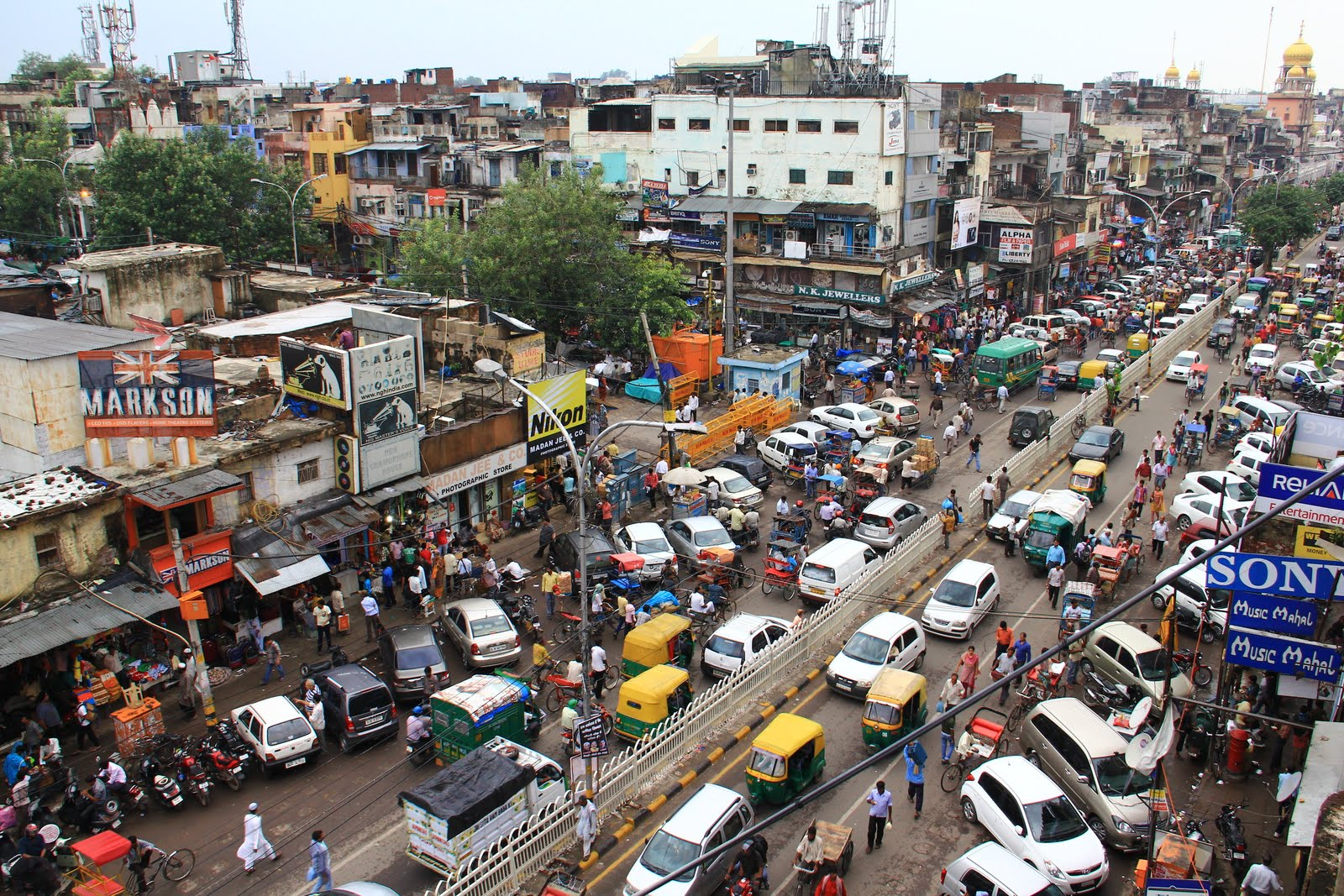 Chandni Chowk: Explore Delhi's Biggest Shopping Hub