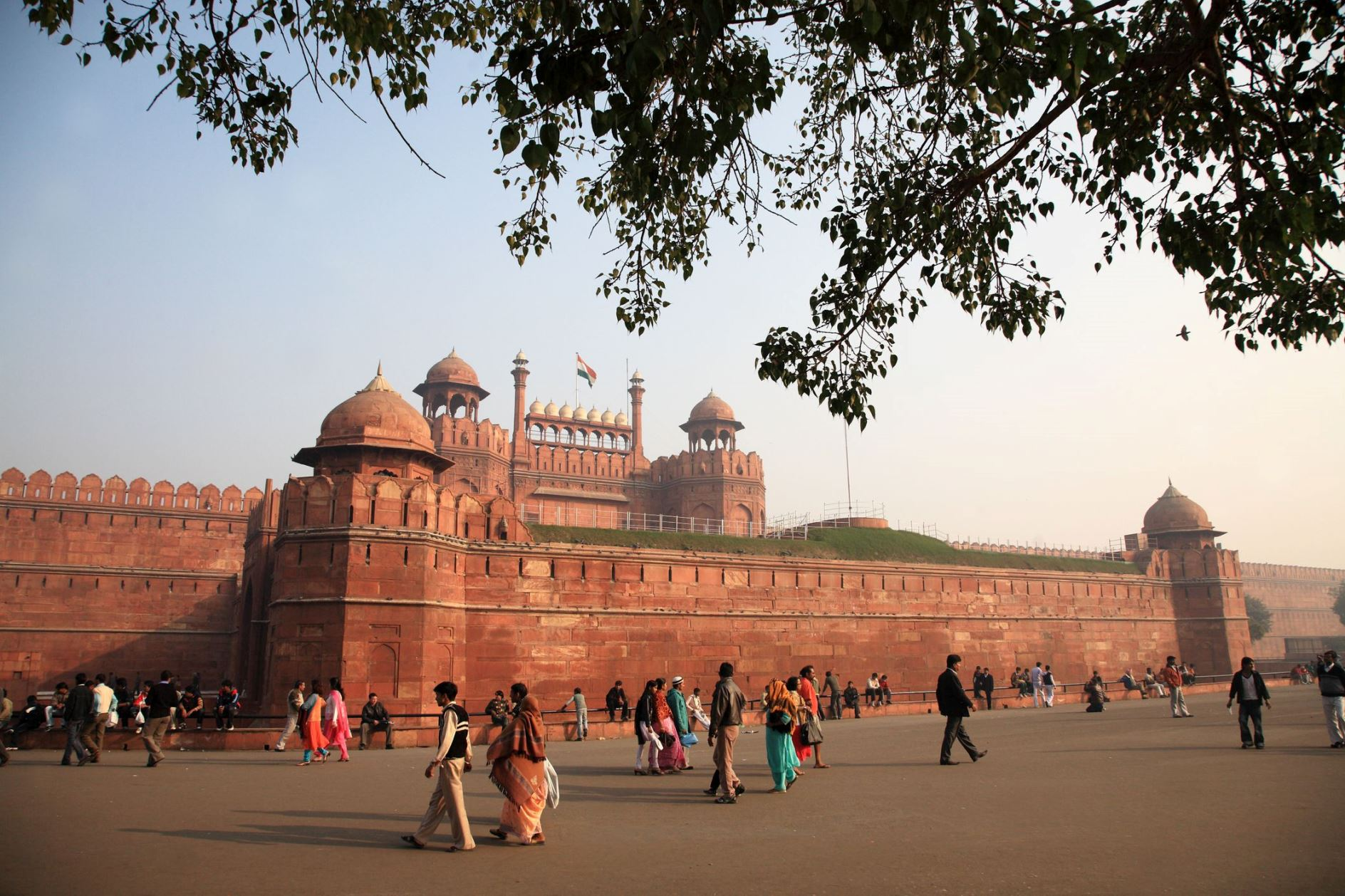 Chandni Chowk and Lal Qila top the list of must-visit places in Delhi