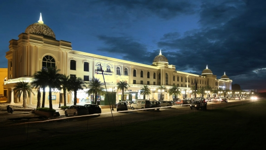 Omaxe World Street bags Retail Property